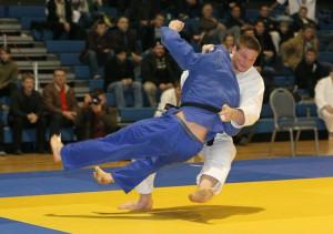 Thormodur Jonsson (hvitur) 100 kg IM 2013