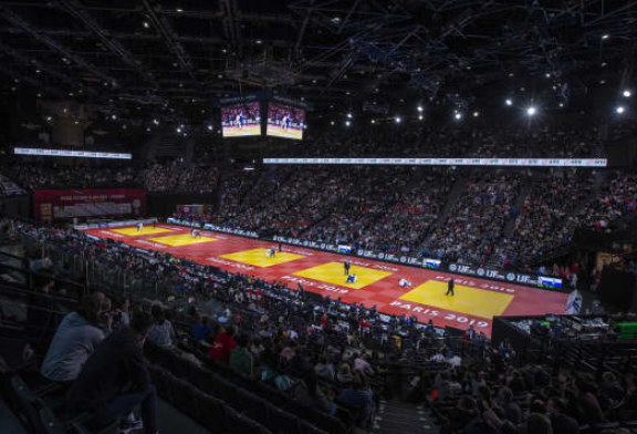 Sveinbjörn Keppir á Paris Grand Slam